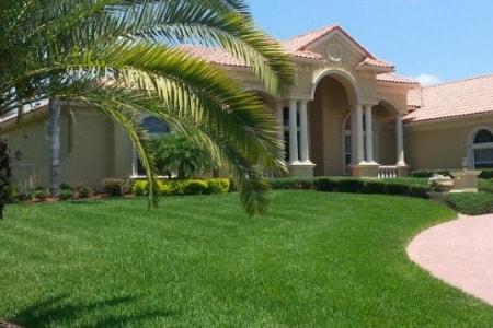 Palm City Lawn Maintenance Services